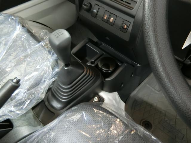 スタンダードSAIIIt 衝突被害軽減ブレーキ 横滑り防止装置 パートタイム4WD 5速MT車 バイザー マット 純正オーディオ 手動式ウィンドウ エアコン エアバック LEDヘッドランプ サンバイザー 吸殻入れ(7枚目)