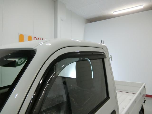 スタンダードSAIIIt 衝突被害軽減ブレーキ 横滑り防止装置 パートタイム4WD 5速MT車 バイザー マット 純正オーディオ 手動式ウィンドウ エアコン エアバック LEDヘッドランプ サンバイザー 吸殻入れ(15枚目)