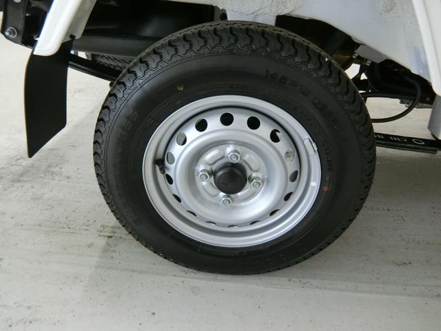 スタンダードSAIIIt 衝突被害軽減ブレーキ 横滑り防止装置 パートタイム4WD 5速MT車 バイザー マット 純正オーディオ 手動式ウィンドウ エアコン エアバック LEDヘッドランプ サンバイザー 吸殻入れ(18枚目)