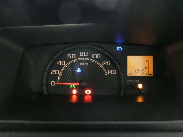 スタンダードSAIIIt 衝突被害軽減ブレーキ 横滑り防止装置 パートタイム4WD 5速MT車 純正オーディオ バイザー マット 吸殻入れ LEDヘッドランプ エアコン エアバック 手動式ウィンドウ サンバイザー(4枚目)