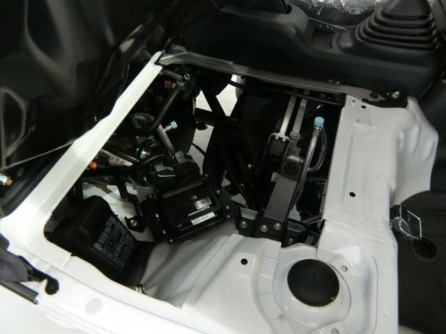 スタンダードSAIIIt 衝突被害軽減ブレーキ 横滑り防止装置 パートタイム4WD 5速MT車 純正オーディオ バイザー マット 吸殻入れ LEDヘッドランプ エアコン エアバック 手動式ウィンドウ サンバイザー(14枚目)