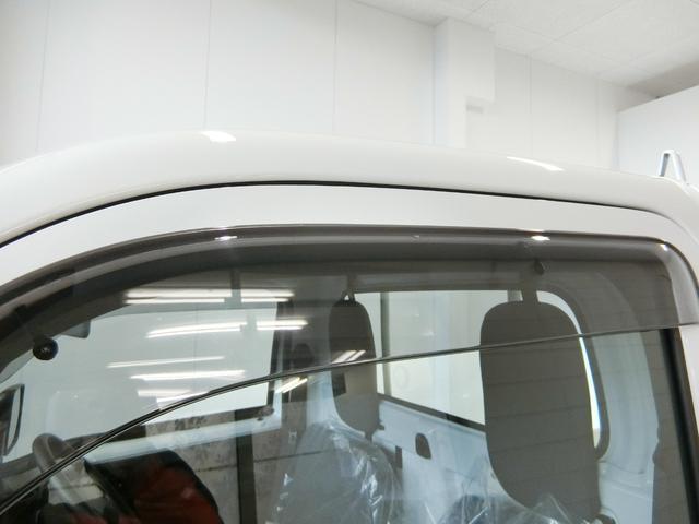 スタンダードSAIIIt 衝突被害軽減ブレーキ 横滑り防止装置 パートタイム4WD 5速MT車 純正オーディオ バイザー マット 吸殻入れ LEDヘッドランプ エアコン エアバック 手動式ウィンドウ サンバイザー(16枚目)