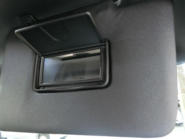GターボリミテッドSAIII 衝突被害軽減ブレーキ 横滑り防止装置 オートマチックハイビーム アイドリングストップ 両側電動スライドドア ステアリングスイッチ 革巻きハンドル オートライト キーフリーシステム オートエアコン(33枚目)