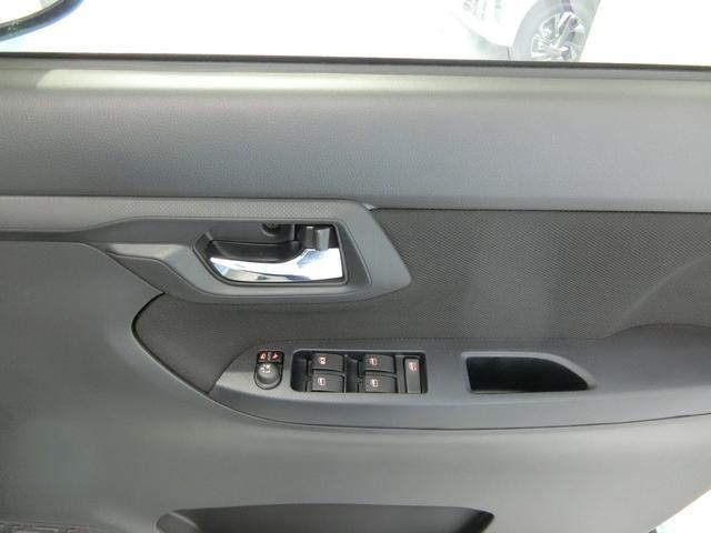 XリミテッドII SAIII 衝突被害軽減ブレーキ 横滑り防止装置 オートマチックハイビーム アイドリングストップ ステアリングスイッチ 革巻きハンドル オートライト キーフリーシステム オートエアコン 純正アルミホイール(10枚目)