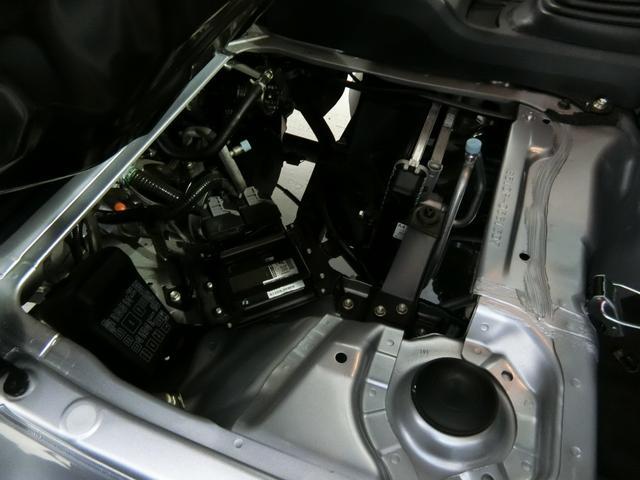 スタンダードSAIIIt 衝突被害軽減ブレーキ 横滑り防止装置 パートタイム4WD 5速MT車 バイザー マット 純正オーディオ エアコン エアバッグ 手動式ウィンドウ LEDヘッドランプ ライトマニュアルレベリング(13枚目)