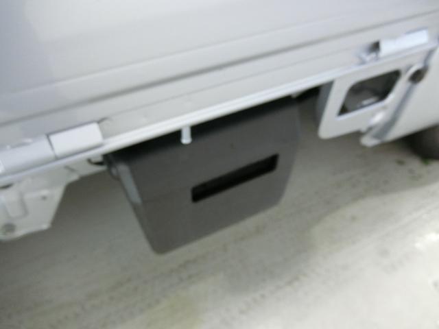 スタンダードSAIIIt 衝突被害軽減ブレーキ 横滑り防止装置 パートタイム4WD 5速MT車 バイザー マット 純正オーディオ エアコン エアバッグ 手動式ウィンドウ LEDヘッドランプ ライトマニュアルレベリング(24枚目)