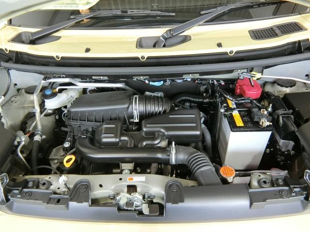 X 衝突被害軽減ブレーキ 横滑り防止装置 オートマチックハイビーム アイドリングストップ ステアリングスイッチ 純正ディスプレイオーディオ サンルーフ キーフリーシステム オートエアコン バイザー マット(18枚目)