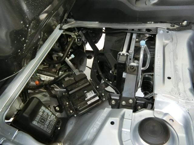 スタンダードSAIIIt 衝突被害軽減ブレーキ 横滑り防止装置 パートタイム4WD 5速MT車 純正オーディオ バイザー マット 吸殻入れ LEDヘッドランプ ライトマニュアルレベリング エアコン エアバッグ サンバイザー(12枚目)