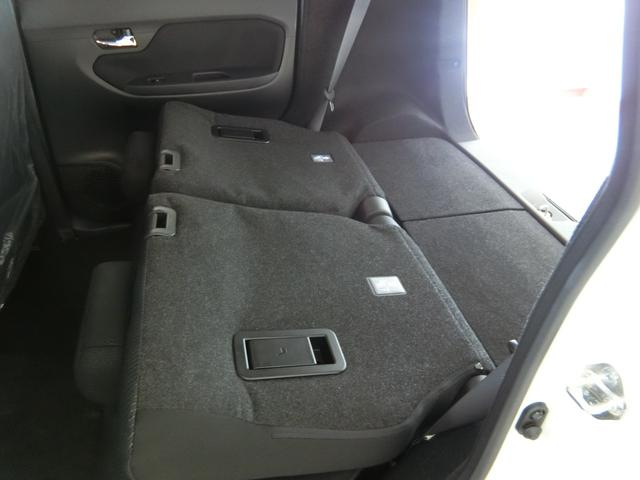 XリミテッドII SAIII 衝突被害軽減ブレーキ 横滑り防止装置 オートマチックハイビーム アイドリングストップ ステアリングスイッチ 革巻きハンドル オートライト キーフリーシステム オートエアコン バックカメラ ベンチシート(28枚目)