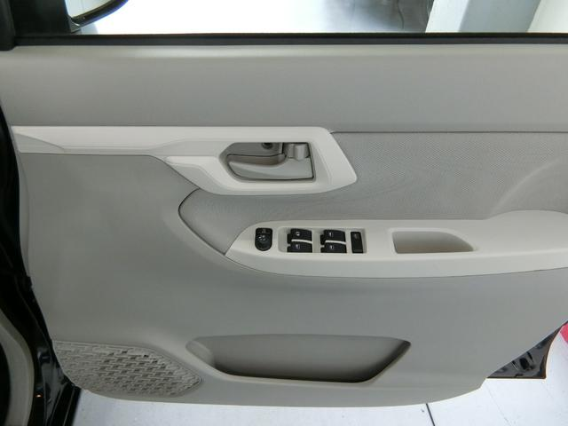 L SAIII 衝突被害軽減ブレーキ 横滑り防止装置 オートマチックハイビーム アイドリングストップ ステアリングスイッチ キーレスエントリー エアコン エアバッグ パワーウィンドウ バックカメラ ホイールキャップ(10枚目)