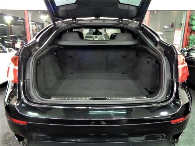 「BMW」「X6」「SUV・クロカン」「大阪府」の中古車26