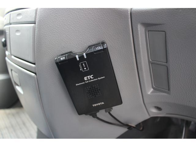 トヨタ ヴォクシー Z HDDナビ フルセグTV ETC キーレス