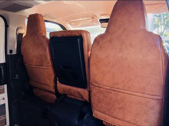 ロングDX ハイエース5ドア20車中泊サーフスタイル 6人乗り サーフスタイルベッドリアクーラーヒーター(18枚目)