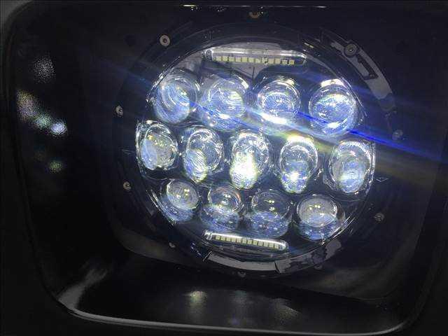 社外ヘッドライト