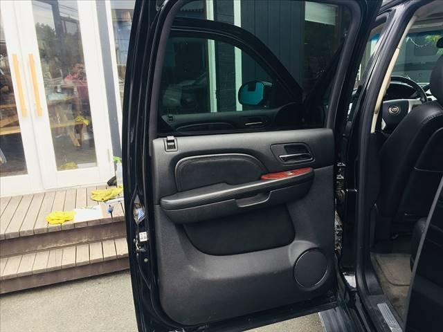 「キャデラック」「キャデラックエスカレード」「SUV・クロカン」「大阪府」の中古車12