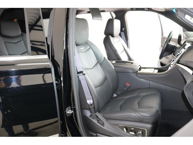 助手席シートです!綺麗な状態です!Pシート付・シートヒーター・クーラーも装着されております!