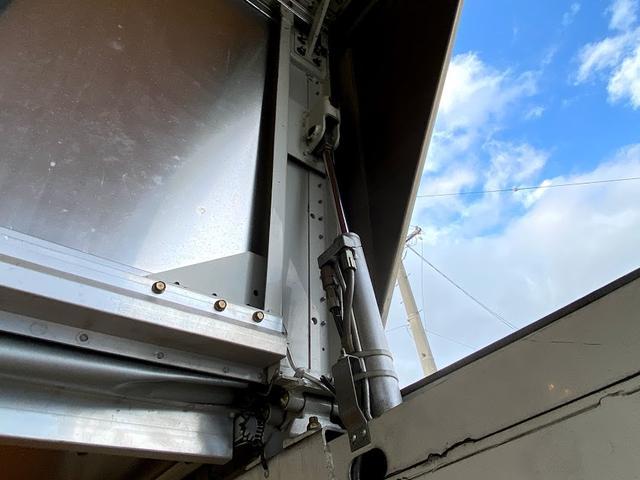 アルミウイング ワイドロング 5速マニュアル 最大積載3トン バックモニター付き ラッシング1段(24枚目)
