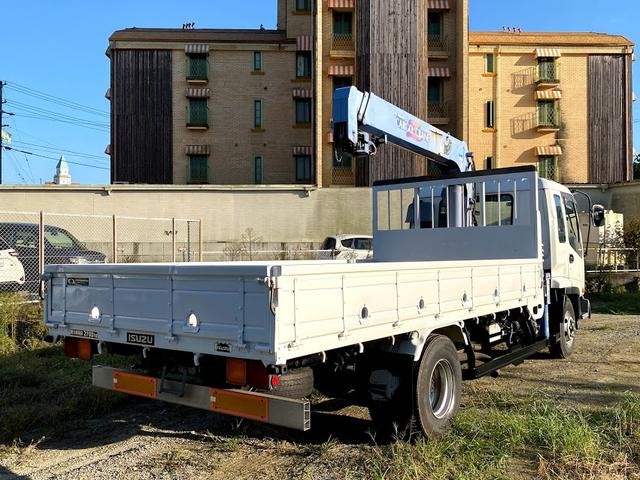 タダノ3段クレーン ベット付き 7.8ターボ 6速マニュアル サスペションシート 荷箱 長4630幅2120 最大積載量2700kg(10枚目)