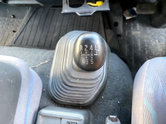 タダノ3段クレーン ベット付き 7.8ターボ 6速マニュアル サスペションシート 荷箱 長4630幅2120 最大積載量2700kg(31枚目)