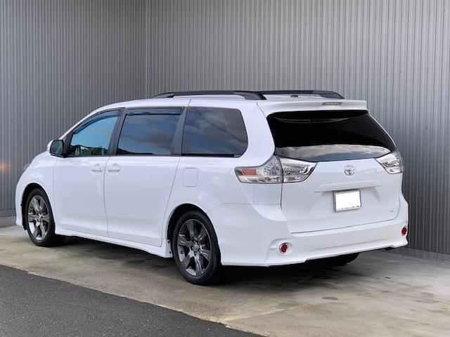 米国トヨタ シエナ プリファードPkg 新車並行 ナビ カメラ サンルーフ