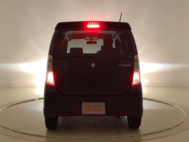 高い視認性!リヤコンビネーションランプ(3Dエフェクト/LEDストップランプ)インナーレンズを立体的に配置することで、奥行きのある印象的なデザインに♪