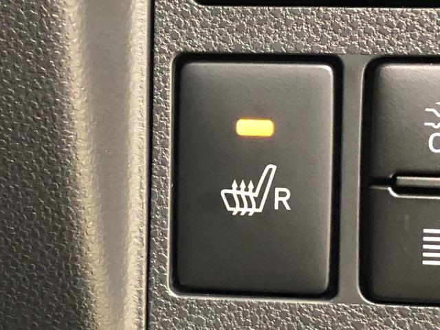 寒い日のドライブを快適にする運転席シートヒーターが付いてます