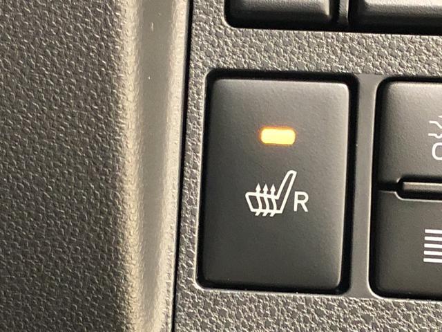運転席シートヒーター。