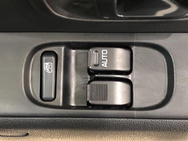 デラックスSAIII 4WD オートマ アイドリングストップ(16枚目)