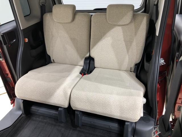リヤシートは、左右分割ロングスライド、左右分割リクライニングシートです。座席一つ一つにも気配りを♪