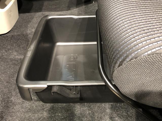 XリミテッドII SAIII バックカメラ パワーモード 運転席シートヒーター セキュリティーアラーム コーナーセンサー オートライト プッシュボタンスタート キーフリーシステム(26枚目)