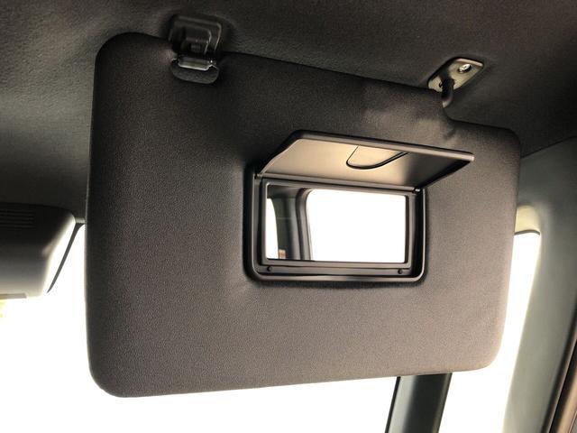 GターボリミテッドSAIII LEDヘッドランプ・フォグランプ 15インチアルミホイール オートライト プッシュボタンスタート セキュリティアラーム ユーティリティフック(22枚目)