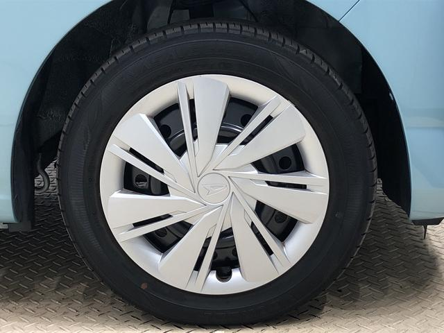 X SAIII LEDヘッドランプ 電動格納式ドアミラー付 バックカメラ オートハイビーム オーディオ操作用ステアリングスイッチ 14インチホイールキャップ 純正ロングバイザー 純正カーペットマット アイドリングストップ フロント・リヤコーナーセンサー ABS(40枚目)