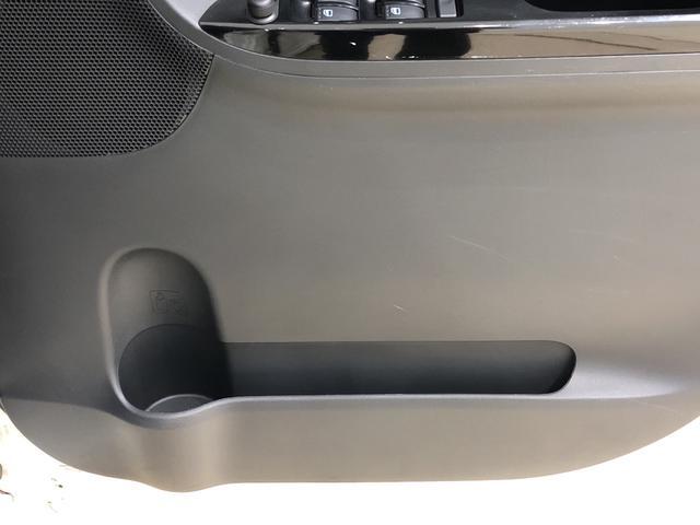 カスタムRS SA 衝突軽減ブレーキ ナビゲーション リアカメラ カードキー LEDヘッドランプ リア電動左右スライドドアパワースライドドア 15インチアルミホイール キーフリーシステム(19枚目)