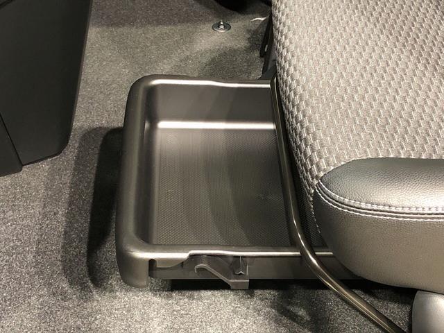 カスタムG 次世代スマアシ搭載 電動パーキングブレーキ LEDヘッドランプ・フォグランプ  14インチアルミホイール オートライト プッシュボタンスタート クルーズコントロール  コーナーセンサー 両側パワースライドドア キーフリーシステム(26枚目)