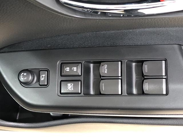 XS ナビゲーション ETC車載器 パドルシフト搭載 運転席/助手席エアバック サイドエアバック キ-フリ-システム プッシュボタンスタ-ト セキュリティーアラ-ム オ-トエアコン オ-トライト(17枚目)