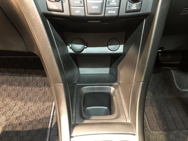 XS ナビゲーション ETC車載器 パドルシフト搭載 運転席/助手席エアバック サイドエアバック キ-フリ-システム プッシュボタンスタ-ト セキュリティーアラ-ム オ-トエアコン オ-トライト(25枚目)
