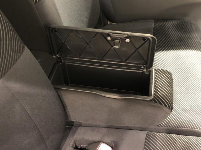 カスタムRS カーナビ ETC車載器 アルミホイール ディスチャージヘッドランプ ハロゲンフォグランプ パワースライドドア オートエアコン キーフリー機能付き 運転席・助手席エアバッグ(19枚目)