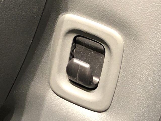 カスタムRS カーナビ ETC車載器 アルミホイール ディスチャージヘッドランプ ハロゲンフォグランプ パワースライドドア オートエアコン キーフリー機能付き 運転席・助手席エアバッグ(21枚目)