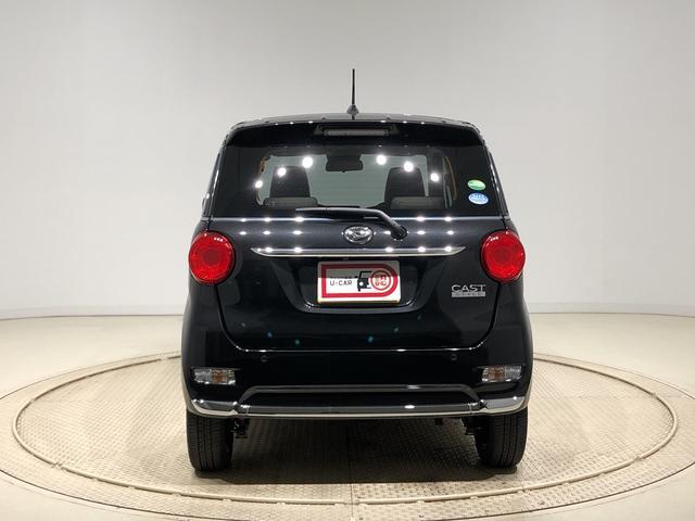 スタイルGターボ VS SAIII パノラマモニター 4WD 運転席・助手席シートヒーター LEDヘッドランプ・フォグランプ 15インチアルミホイール オートライト オートハイビーム プッシュボタンスタート セキュリティアラーム アイドリングストップ機能(7枚目)