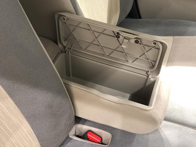 スタイルX  オートライト プッシュボタンスタート マルチリフレクターハロゲンヘッドランプ 15インチフルホイールキャップ オートライト プッシュボタンスタート セキュリティアラーム(21枚目)