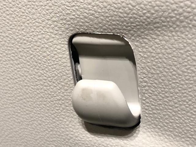 スタイルX  オートライト プッシュボタンスタート マルチリフレクターハロゲンヘッドランプ 15インチフルホイールキャップ オートライト プッシュボタンスタート セキュリティアラーム(24枚目)