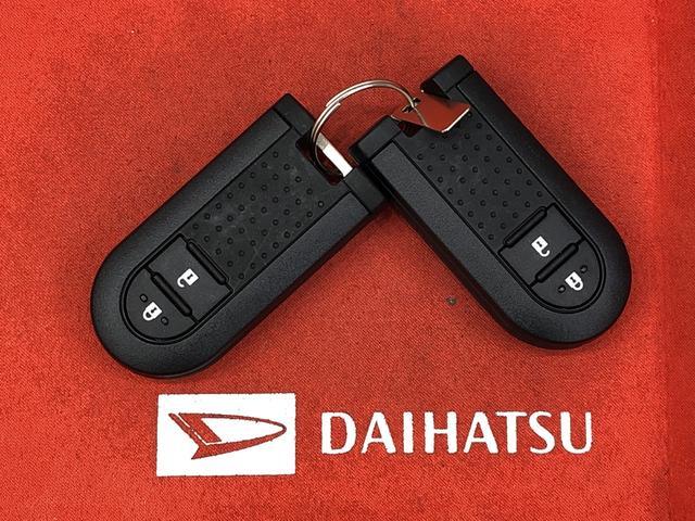 スタイルX  オートライト プッシュボタンスタート マルチリフレクターハロゲンヘッドランプ 15インチフルホイールキャップ オートライト プッシュボタンスタート セキュリティアラーム(40枚目)
