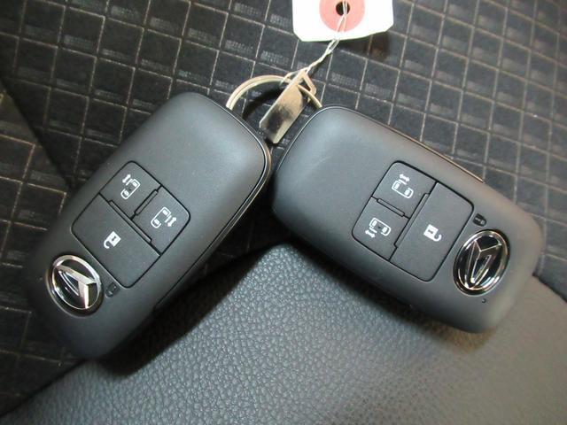 カスタムXセレクション シートヒーター 両側パワースライドドア オートライト キーフリー アイドリングストップ アップグレードパック(49枚目)
