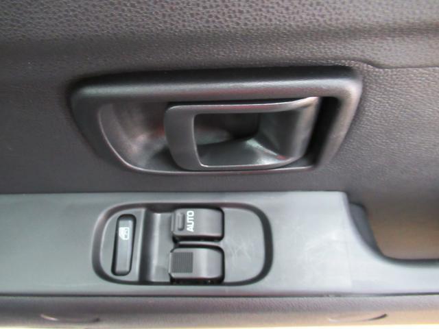 デラックス SA3 ラジオ 両側スライドドア オートライト キーレス アイドリングストップ(18枚目)
