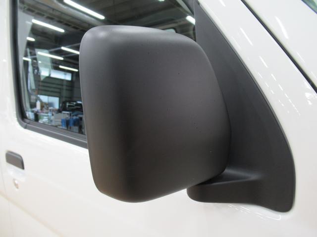 デラックス SA3 ラジオ 両側スライドドア オートライト キーレス アイドリングストップ(33枚目)