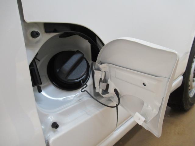デラックス SA3 ラジオ 両側スライドドア オートライト キーレス アイドリングストップ 4WD(8枚目)