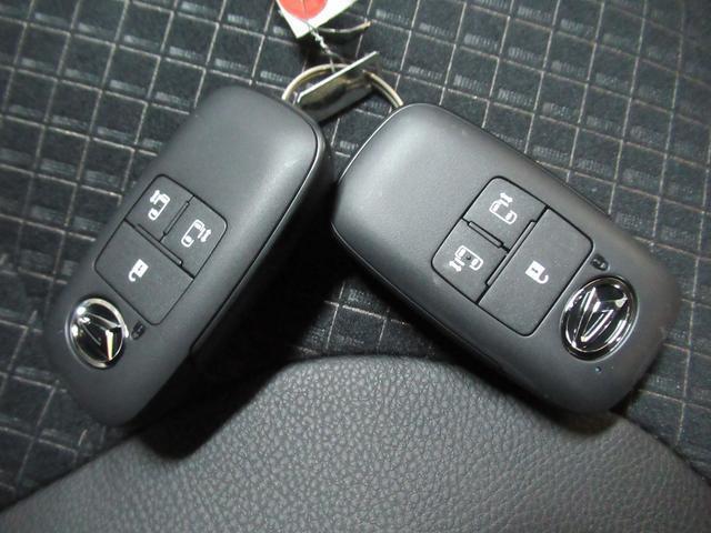 カスタムRSセレクション シートヒーター 両側パワースライドドア USB入力端子 オートライト キーフリー アイドリングストップ アップグレードパック(51枚目)