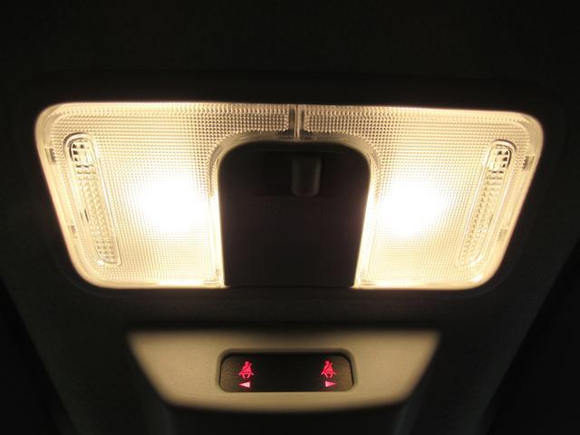 X シートヒーター 左側パワースライドドア USB入力端子 オートライト キーフリー アイドリングストップ アップグレードパック(33枚目)