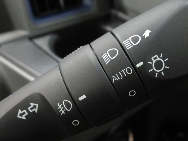 カスタムXセレクション シートヒーター 両側パワースライドドア USB入力端子 オートライト キーフリー アイドリングストップ アップグレードパック2(22枚目)