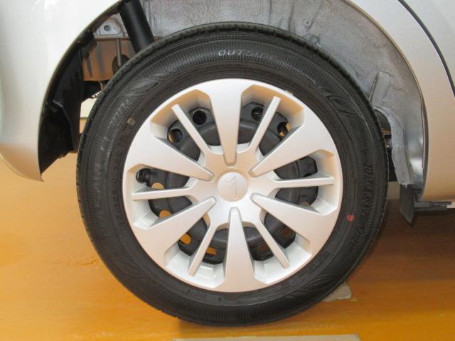 タイヤの溝もまだまだこれからです。